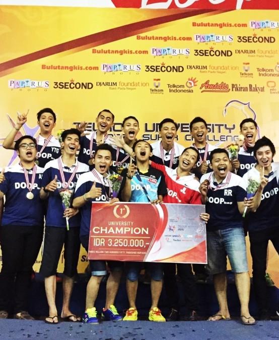 Tim Bulutangkis Raih Juara 1 Telkom Engineering Badminton Super Challenge 2015