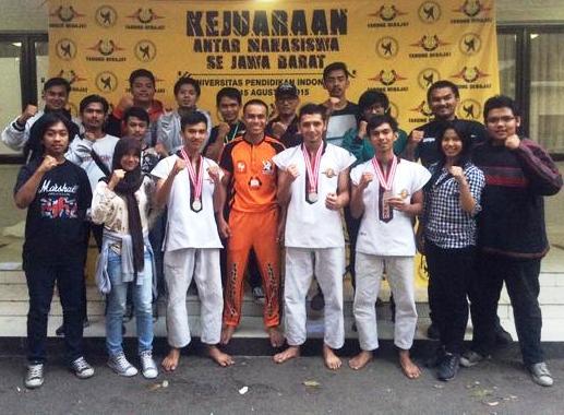 "Tarung Derajat Widyatama meraih Juara 3 di ""Kejuaraan Mahasiswa se- Jawa Barat"""