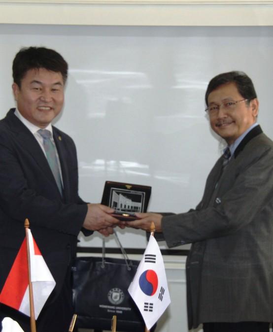Kerjasama Akademis Dengan 5 Universitas di Korea