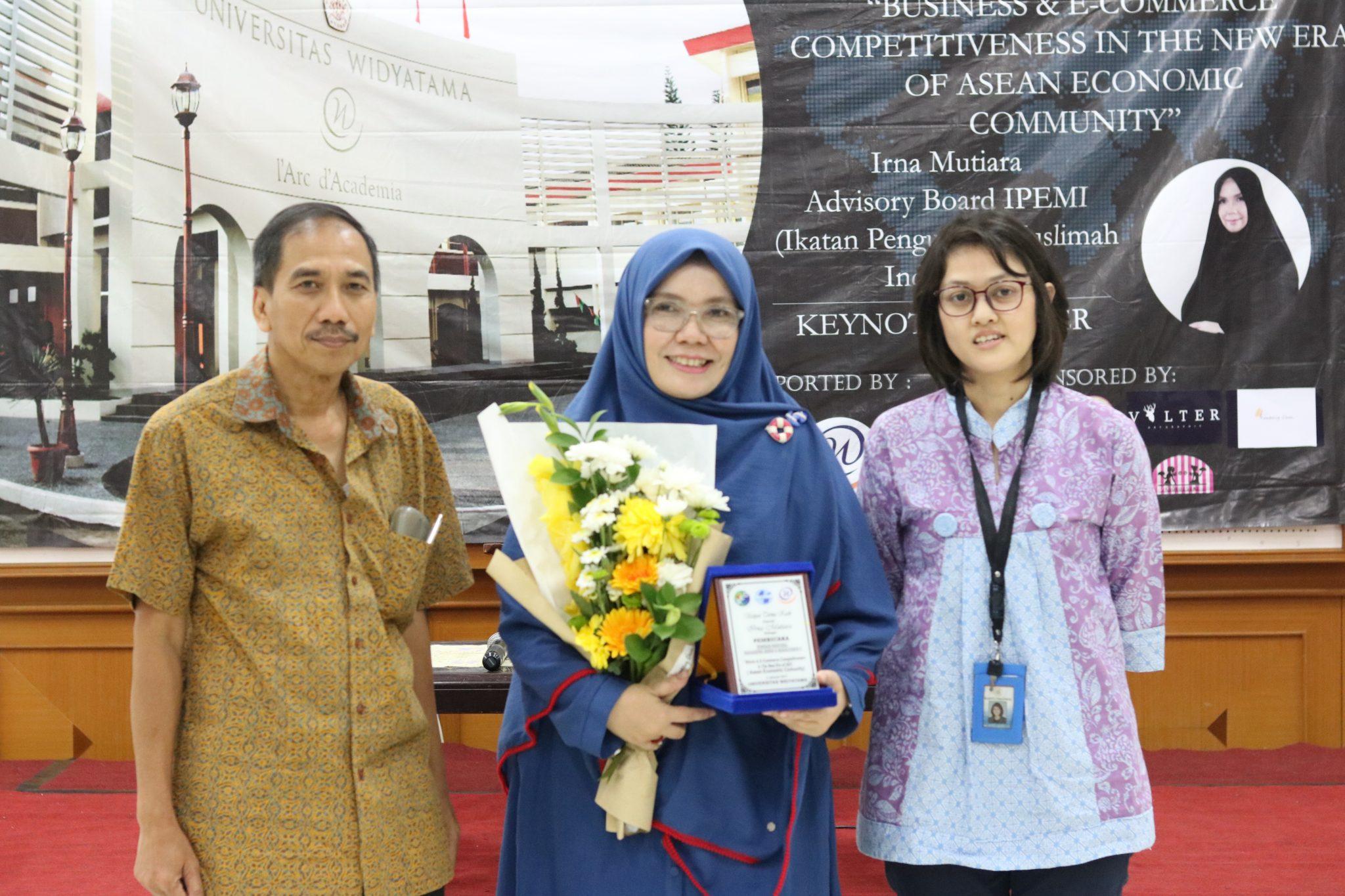 Semarak Seminar Nasional Mahasiswa Bisnis dan Manajemen