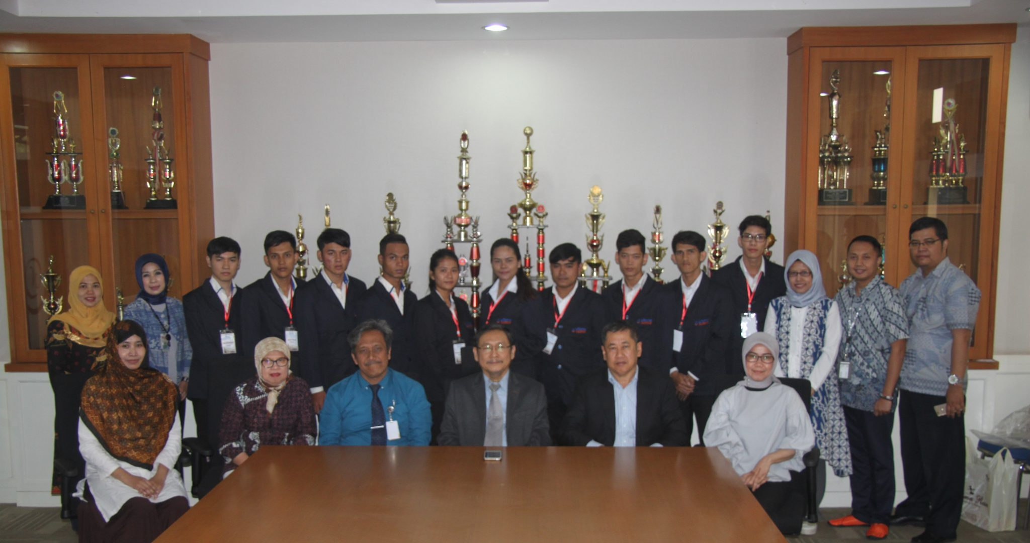 Universitas Widyatama Kembali Sambut Mahasiswa Asal Kamboja