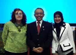 Prof. Eman Suparman Ketua Bidang Pengawasan Perilaku Hakim dan Investigasi Komisi Yudisial RI - Program Pengenalan Universitas (PPU) Widyatama Bagi Mahasiswa Baru Tahun Angkatan 2013/2014