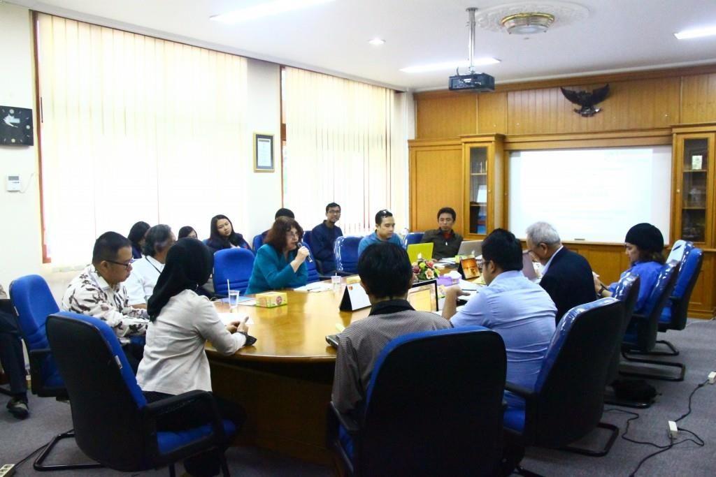 Rapat Lokakarya Pengembangan Kurikulum