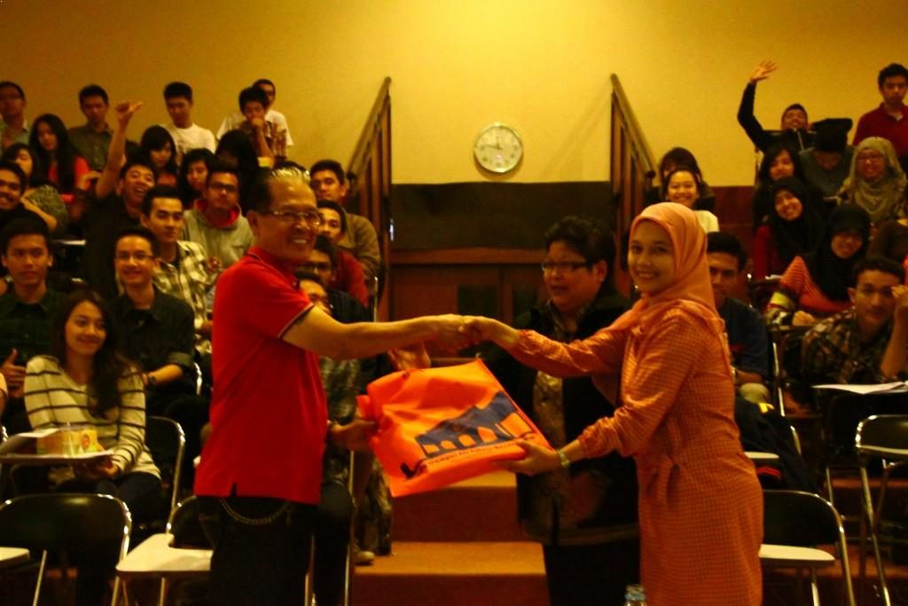 Kuliah Umum Kelas Unggulan Jurusan Akuntansi S1 Universitas Widyatama