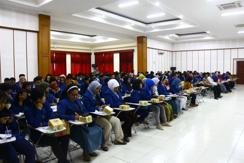 Studi Banding Universitas Semarang ke Universitas Widyatama