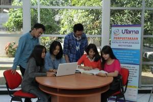 fasilitas dan sarana perpustakaan di universitas widyatama