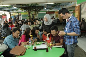 fasilitas dan sarana food court di universitas widyatama