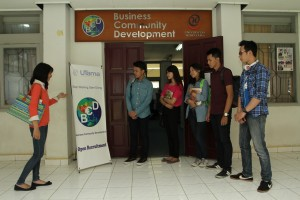 fasilitas dan sarana business community development
