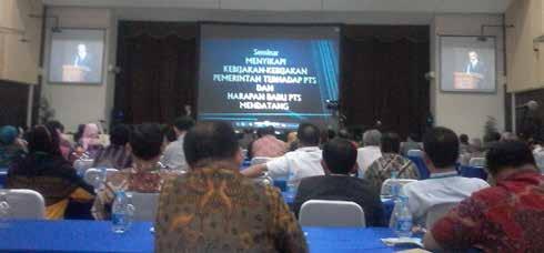 Seminar Menyikapi Kebijakan-kebijakan Pemerintah Terhadap PTS dan Harapan Baru PTS Mendatang
