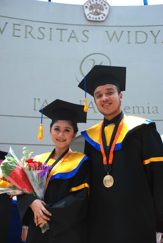 Wisuda Gelombang II Periode Mei 2015 Tahun Akademik 2014-2015