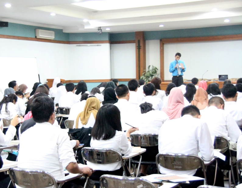 Tingkatkan Kerjasama, Bank Woori Saudara menyelenggarakan Rekrutmen di UTama