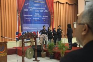 IMG 0554 300x200 - English Festival Got Talent: Gelaran Ajang Bahasa Bergengsi Adu Skill Siswa/I Jawa Barat