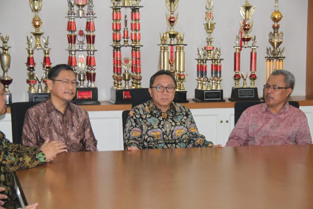 IMG 4622 1024x683 - Ketua MPR RI Bersama Ratusan Tokoh Muslim Indonesia Hadiri Halal Bihalal di Universitas Widyatama