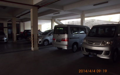 Parkir3 409x258 - Sarana Parkir