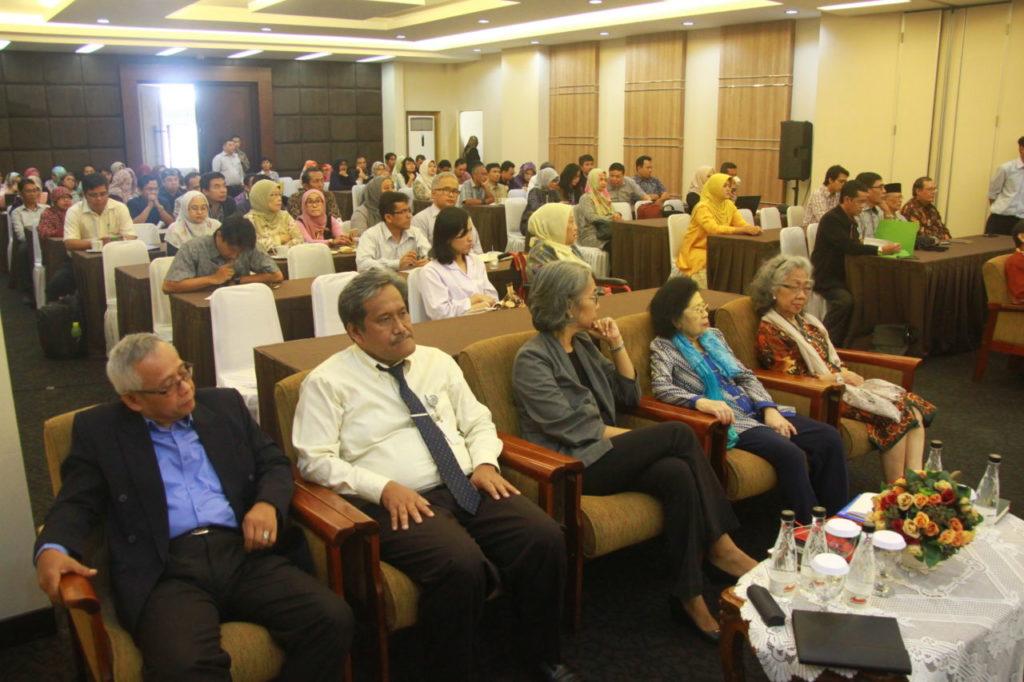 IMG 9825 1024x682 - Sharing Menyongsong Tahun 2018 Bersama Prof Thomas Suyatno