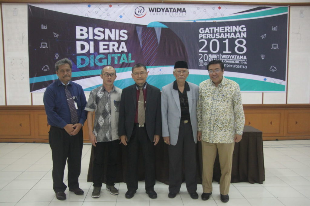 Head of DISKOMINFO West Java Province Conveyed the Importance of All Elements of the Community Preparing to Welcome Industry 4.0