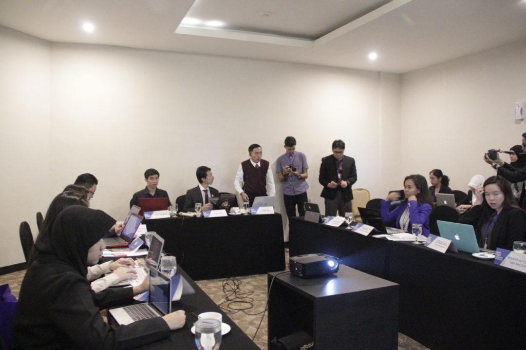 ELS 2780 1024x682 - Puluhan delegasi dari 8 Perguruan Tinggi di Indonesia hadiri Bandung Model United Nations (BMUN) 2018 di Universitas Widyatama