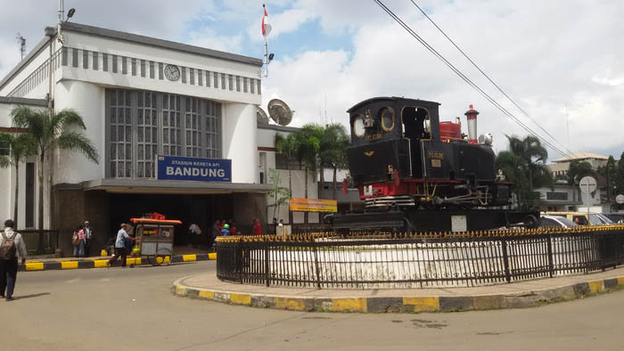 stasiun bandung - Transportasi Kota Bandung