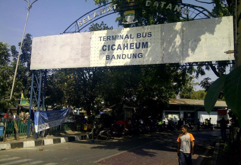 terminal cicaheum - Transportasi Kota Bandung