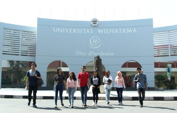 Universitas Kita