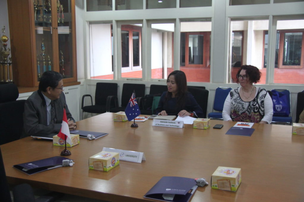Universitas Widyatama Jajaki Kerjasama Dengan Adelaide Institute Australia