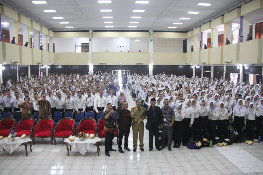IMG 4795 1024x682 - Iwa Karniwa : Mahasiswa yang akan menjadi pelaku usaha dalam pembangunan Jawa Barat