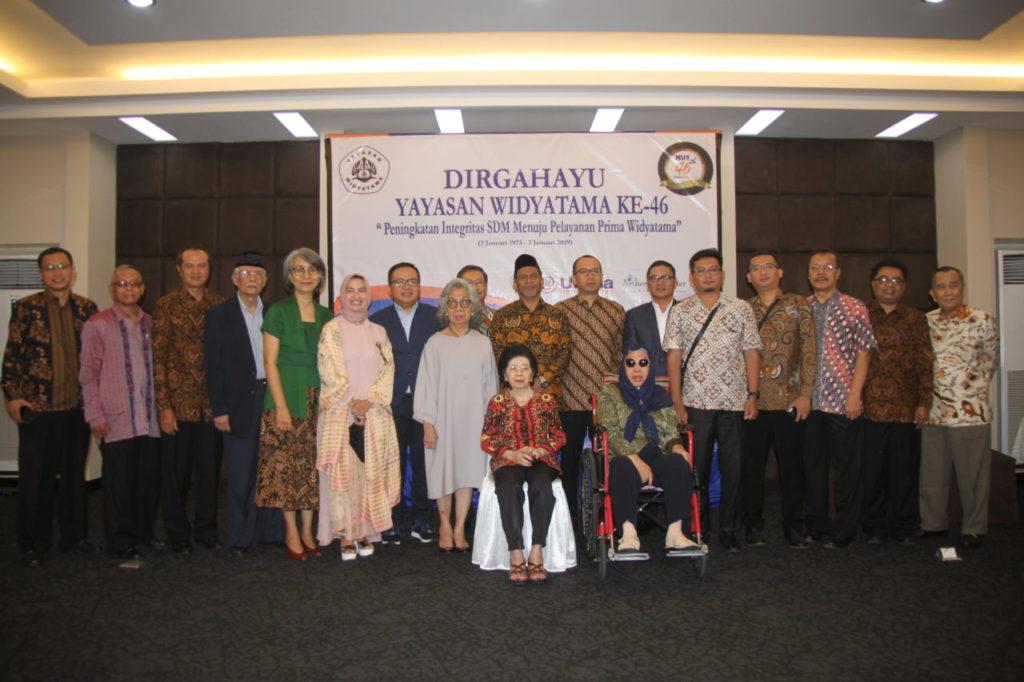 IMG 9786 1024x682 - Dirgahayu Yayasan Widyatama ke - 46 : Universitas Widyatama Harus Siap Hadapi Perubahan