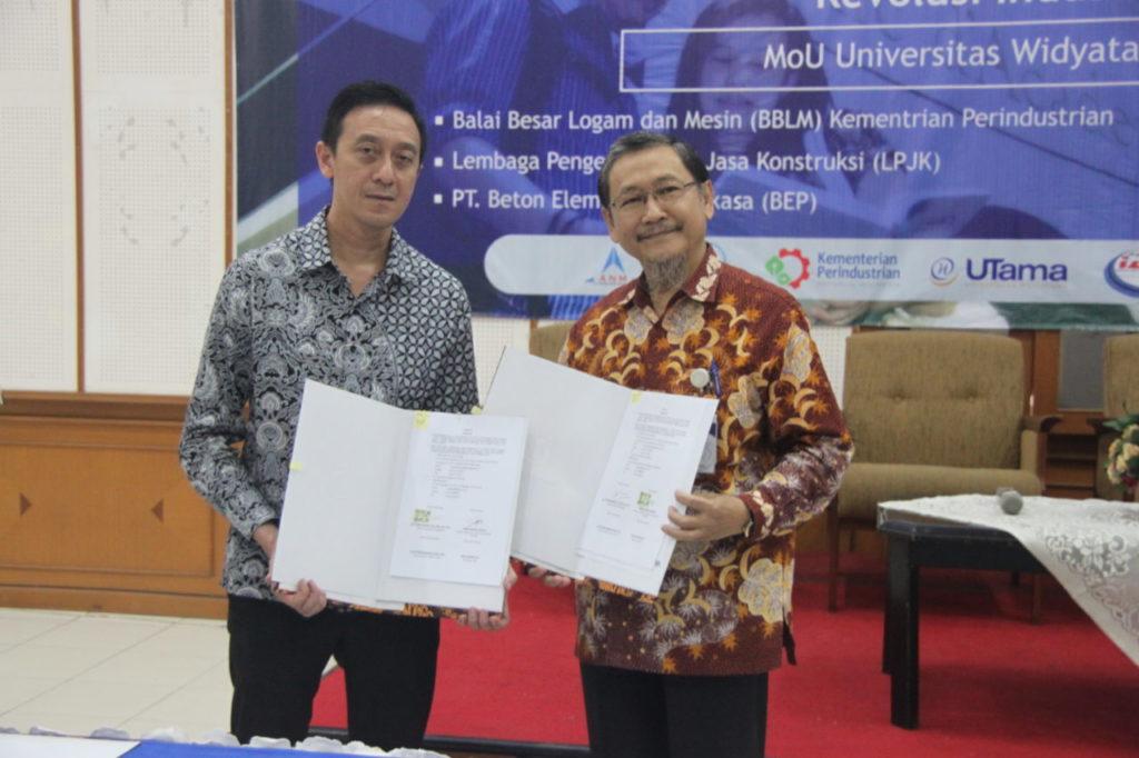 MOU 2 1024x682 - Sarasehan Fakultas Teknik Universitas Widyatama & Penandatanganan MoU Dengan Berbagai Industri