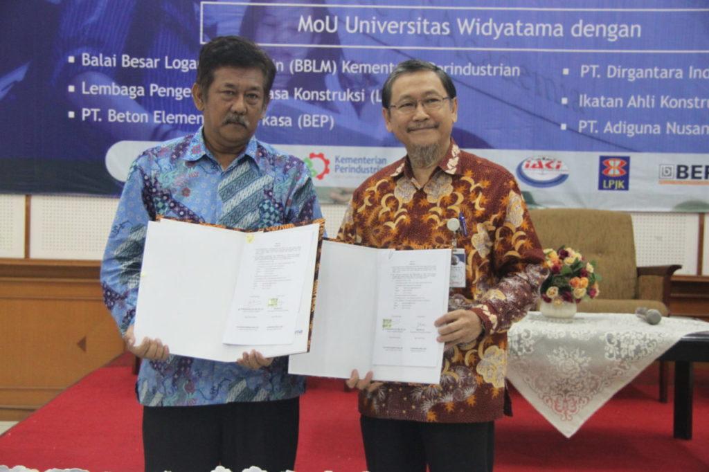 MOU 3 1024x682 - Sarasehan Fakultas Teknik Universitas Widyatama & Penandatanganan MoU Dengan Berbagai Industri