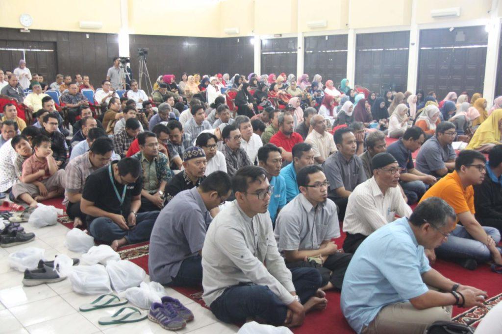 IMG 1940 1024x682 - The Event of Pekan Cahaya Qur'an VI: Glorious Ramadhan 1440 H at Widyatama University