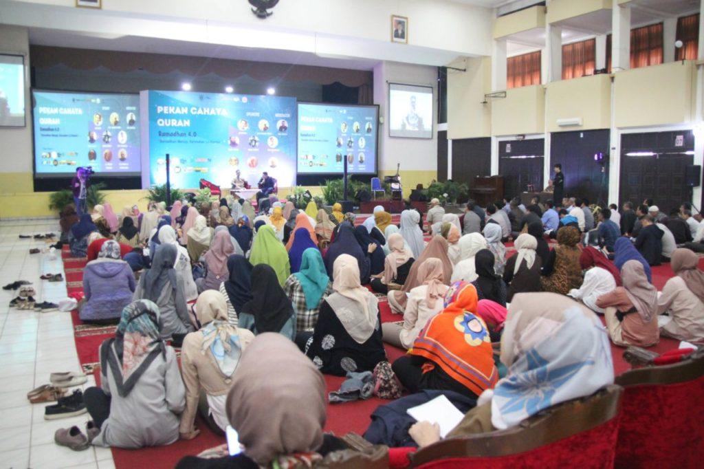 IMG 2269 1024x682 - The Event of Pekan Cahaya Qur'an VI: Glorious Ramadhan 1440 H at Widyatama University