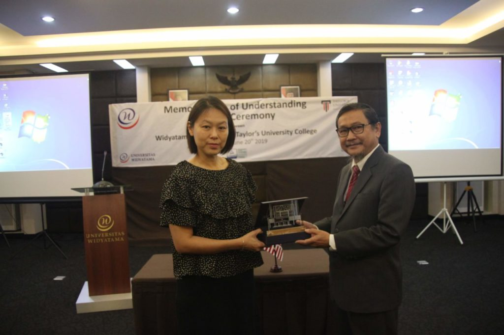 IMG 4495 1024x682 - Penandatanganan MoU Antara Universitas Widyatama dengan Taylor's University Malaysia
