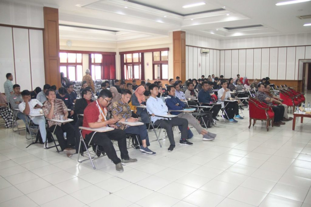 Peserta pelatihan K3 Universitas Widyatama
