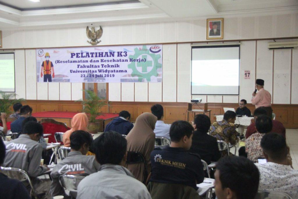 Fakultas Teknik Widyatama Selenggarakan Pelatihan K3