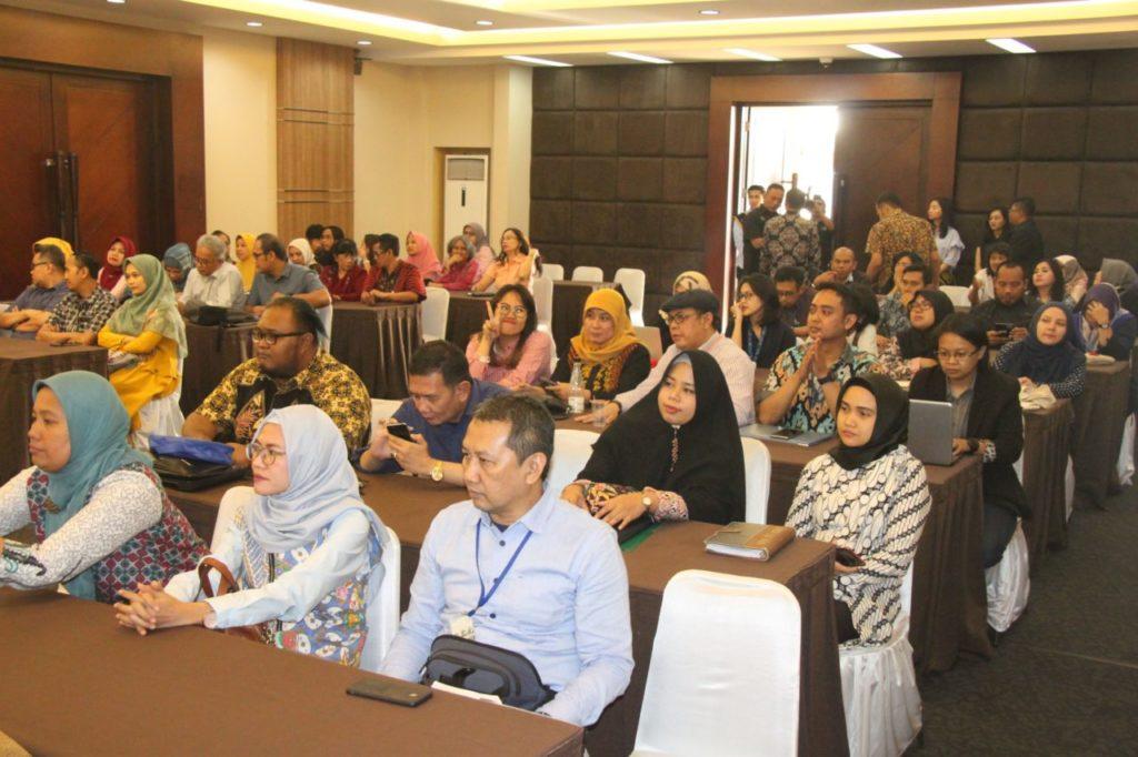 Universitas Widyatama atau Utama menjalin kerjasama dibidang penelitian dan publikasi, serta bidang pengabdian kepada masyarakat dengan Universitas Putra Malaysia.