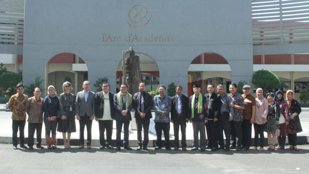 Badan Akreditasi Perguruan Tinggi Timor Leste Kunjungi Universitas Widyatama