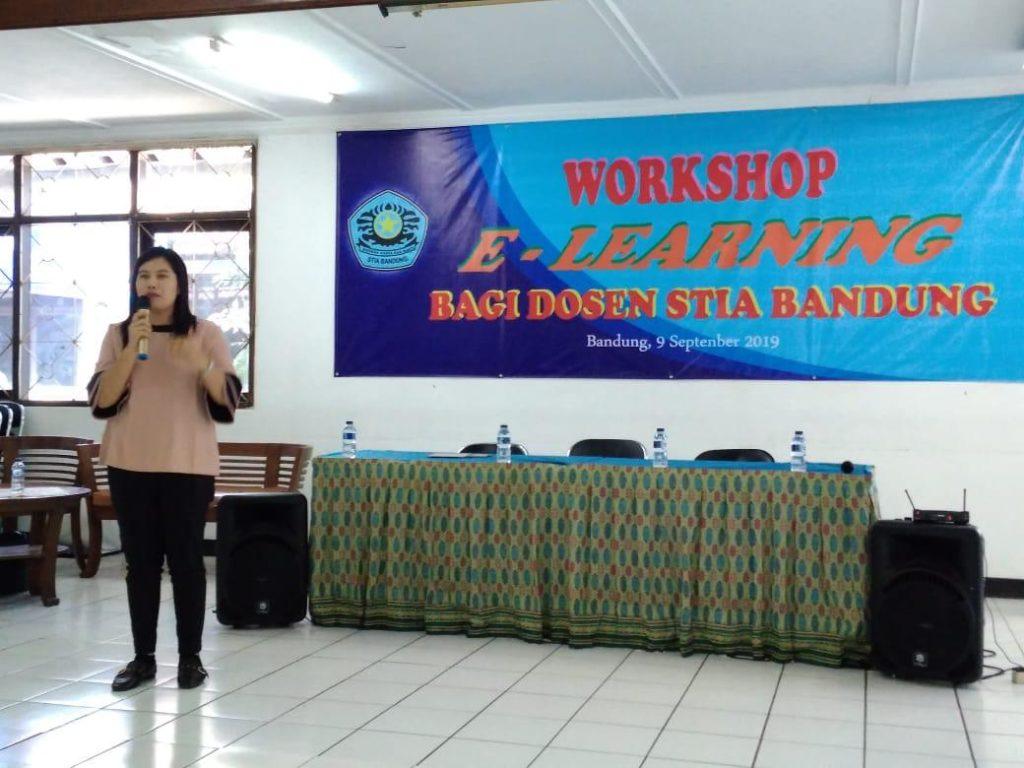 E learning1 1024x768 - Dosen Universitas Widyatama memberikan pelatihan E-learning di STIA Bandung