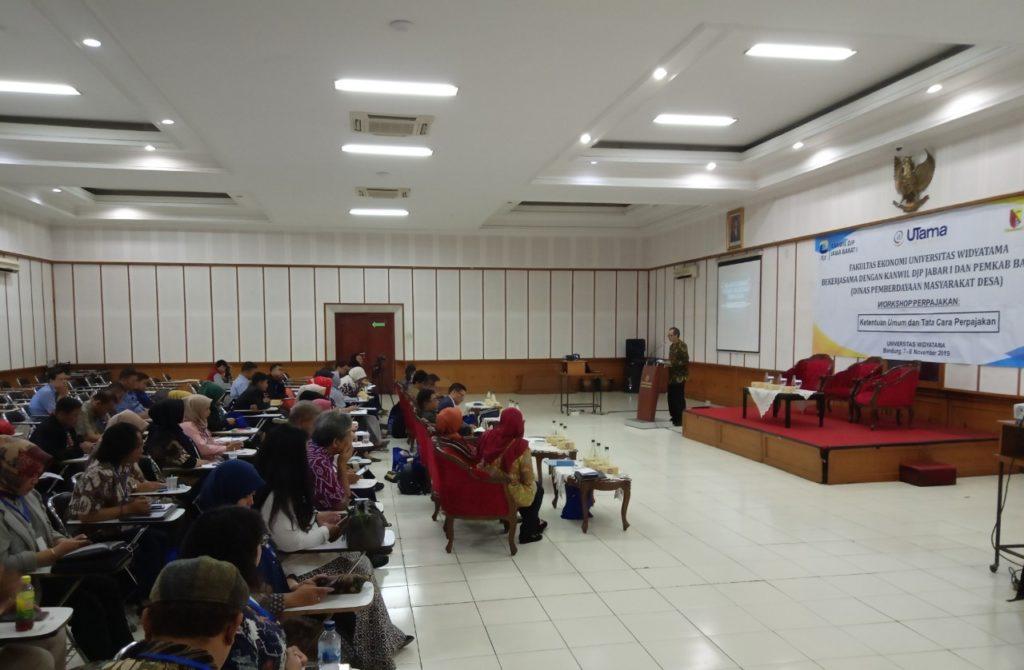 Bumdes4 1024x670 - Universitas Widyatama: Agar Melek Pajak Pengurus BUMDes Di Kabupaten Bandung Mengikuti Pelatihan Perpajakan