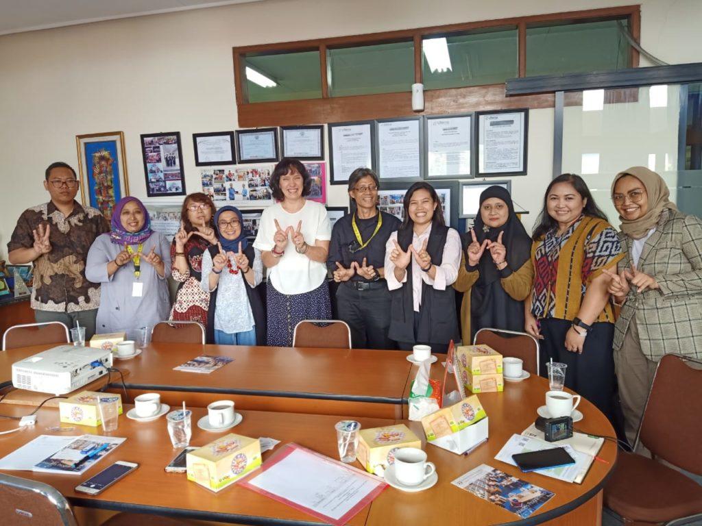 Kunjungan penjajakan kerjasama dari Deputy Director International Education Institute University of St Andrews, United Kingdom dengan program studi Bahasa Inggris, Universitas Widyatama