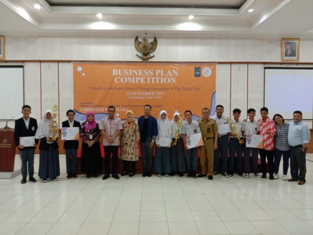 Business Plan Competition Widyatama 6 1040x780 1024x768 - SMAN 1 Cisarua, West Bandung Regency Successfully Won the Business Plan Competition at Widyatama University