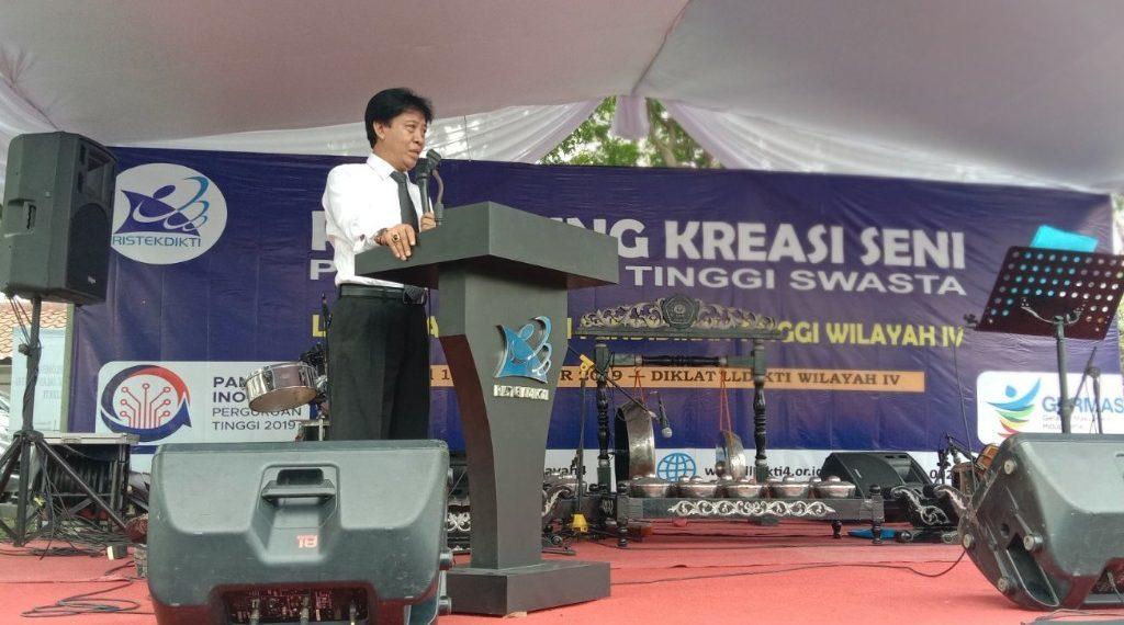 The Head of LLDIKTI Region IV Invites Universities to Collaborate with Widyatama University to Write an International Journal