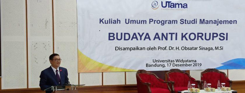 Rektor Universitas Widyatama memberikan Kuliah Umum Budaya Korupsi