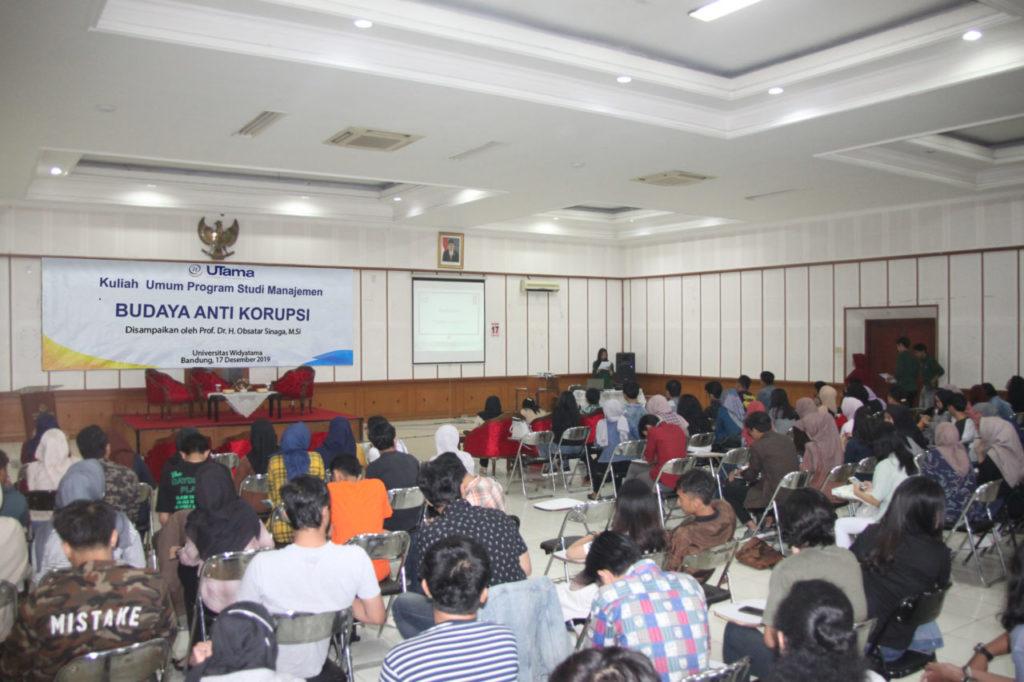 FOTO 2 1024x682 - Rektor Universitas Widyatama memberikan Kuliah Umum Budaya Korupsi