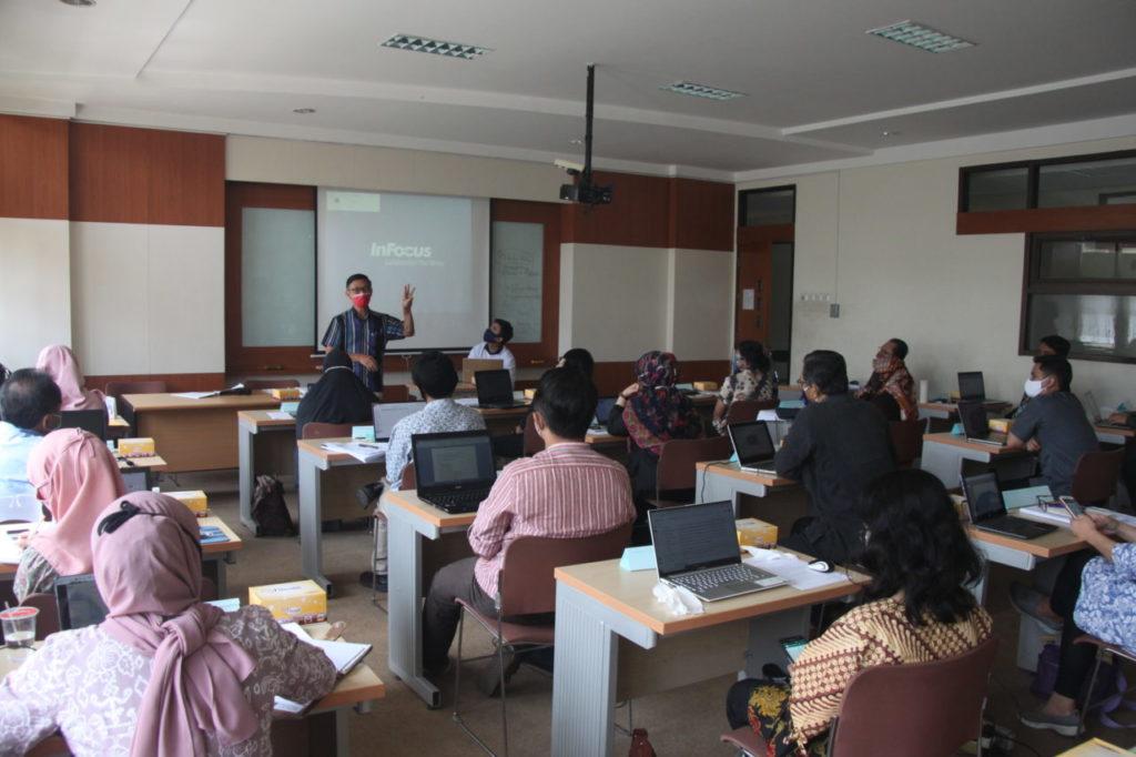 IMG 0777 1024x682 - Di Usia Ke-19 Universitas Widyatama Makin Serius Meningkatkan Kualitas Lulusan, Dengan Menggelar Pelatihan Calon Asesor LSP-BNSP
