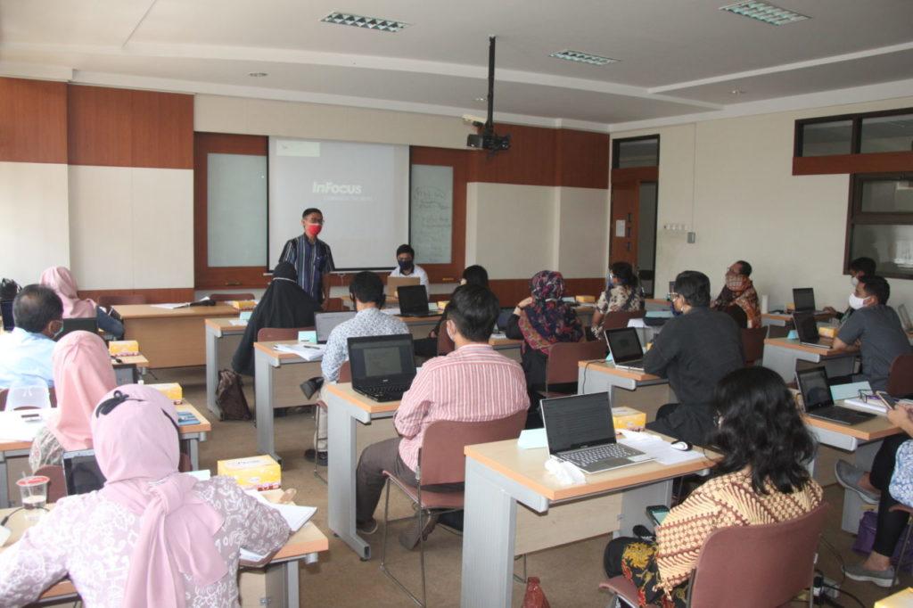 IMG 0778 1024x682 - Di Usia Ke-19 Universitas Widyatama Makin Serius Meningkatkan Kualitas Lulusan, Dengan Menggelar Pelatihan Calon Asesor LSP-BNSP