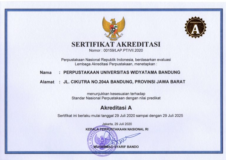 Kepala Perpustakaan Universitas UTama Widyatama Bandung Cucu Hodijah Akreditasi A - Kado Manis Ulang Tahun Universitas Widyatama Perpustakaan UTama Kembali Raih Nilai Akreditasi A