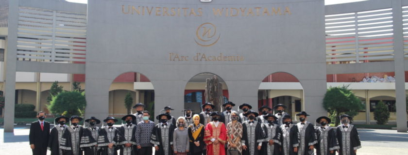 Atalia Istri Gubernur Jabar Jadi Dosen Universitas Widyatama, UTama Selangkah Lebih Maju Dari Universitas Lainnya