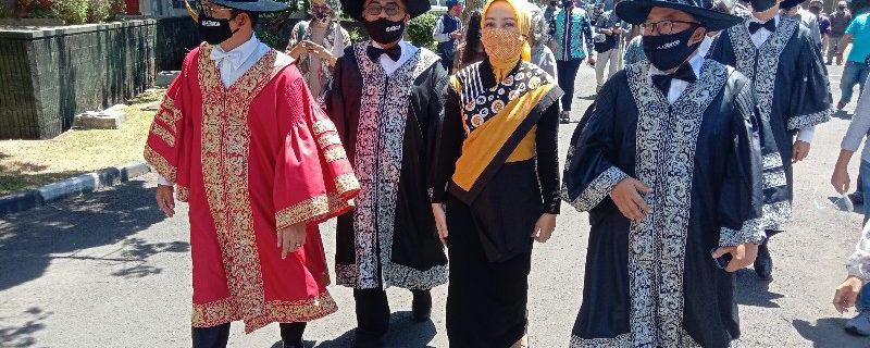 """Dedikasi Haizam Profesor Dari """"Negeri Jiran"""" Malaysia Menjadikan Universitas Widyatama Kampus Riset Ternama"""