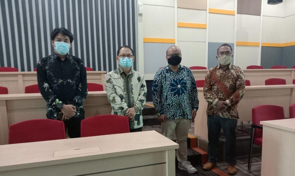 Universitas Widyatama Universitas Bhakti Kencana Bandung kerjasama 10 1 1024x611 - Entris Sutrisno Rektor Universitas Bhakti Kencana Sengaja Mengunjungi Universitas Widyatama Kampus Swasta Ketiga Terbaik Di Jabar