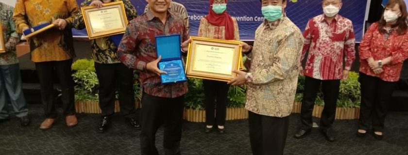 Berkat Kerja Keras Universitas Widyatama Kembali Menyabet Penghargaan Kampus Ternama